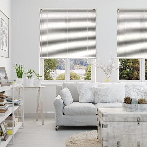 LaMode China White Aluminium Venetian Blind - 25mm Slat